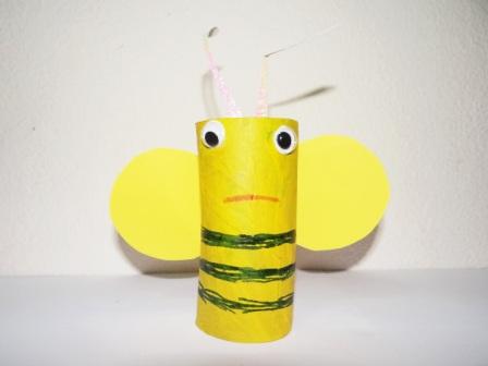 Поделки из туалетных рулонов - Пчёлка Майя (2)