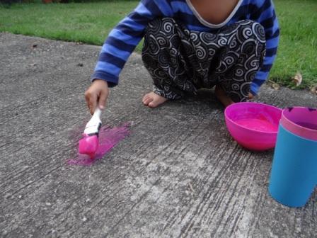 Как сделать краски для рисование на асфальте (2)