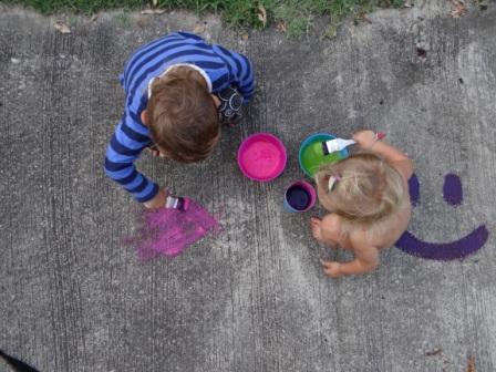 Как сделать краски для рисование на асфальте (1)