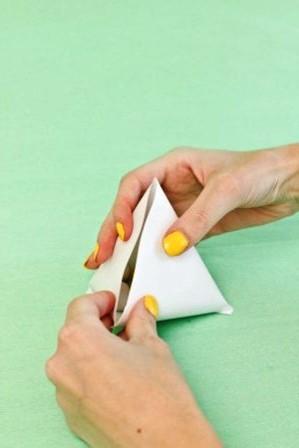 Зайчик из бумаги своими руками (6)