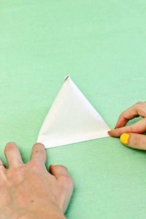 Зайчик из бумаги своими руками (7)