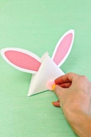Зайчик из бумаги своими руками (14)