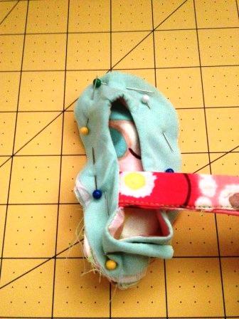 Обувь для малыша своими руками (9)