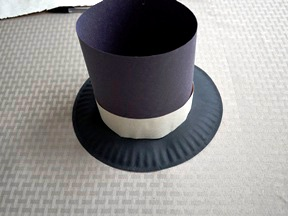 как сделать шляпу цилиндр (7)