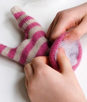 Как сделать игрушки из перчаток своими руками