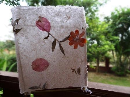 Подсвечник из бумаги ручной работы (2)