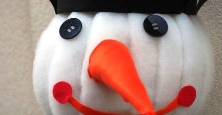 Как сделать объемного снеговика (4)