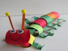 Поделка гусеница из бумаги (1)