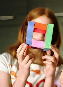 Как склеить куб из бумаги (7)